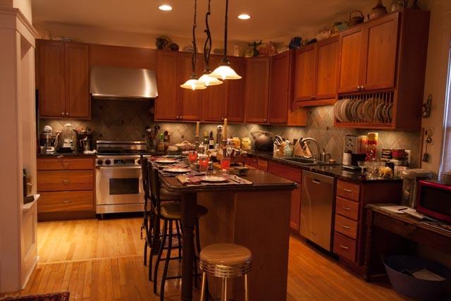 burnt-toast-inn-kitchen